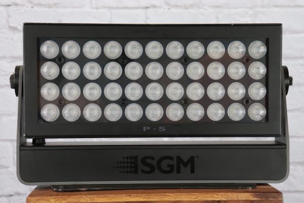 SGM P-5 RGBW Outdoor LED Flood 43°